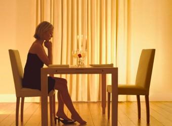woman-waiting
