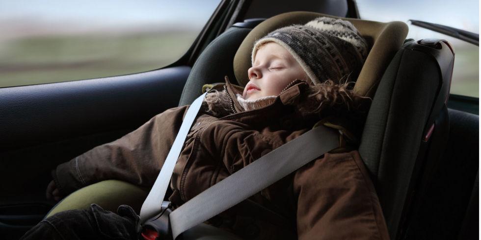 1450123894-landscape-1450112691-child-puffy-coat-car-seat