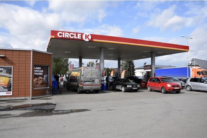 Sācies jaunais degvielas cenu boikots – kurš DUS tīkls šoreiz un kādi ir pagājušā mēneša boikota rezultāti?