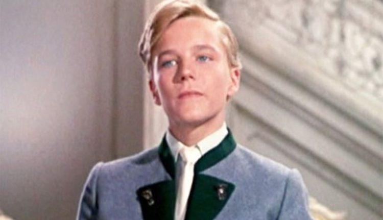 """Ja vēl neesi aizmirsis Frīdrihu no """"Mūzikas skaņām"""", tad ieskaties – šādi viņš izskatās tagad! (FOTO)"""