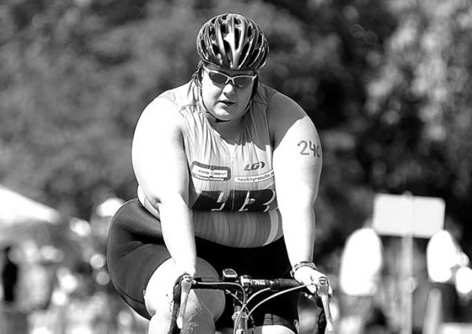 Šīs 4 sportistes ir pierādījums, ka liekie kilogrami nenozīmē, ka cilvēks ir sliktā fiziskā formā!