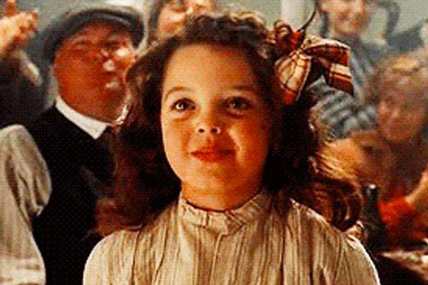 """Vai vēl atceries Koru no """"Titānika""""? Lūk, kas notika ar mazo meitenīti un kā viņa izskatās tagad! (FOTO)"""