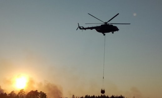 Valdība atbalsta starptautiskas palīdzības lūgšanu plašā ugunsgrēka dzēšanai Valdgales pagastā