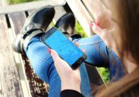 """Šīs 10 kļūdas """"nogalina"""" tavu telefonu; Tās, ar lielu iespējamību, pieļauj teju visi"""