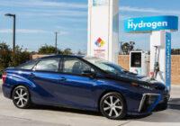 Jaunais ūdeņraža automobilis Toyota Mirai