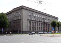 VNĪ uzsāk Ministra kabineta ēku kompleksa fasādes uzkopšanu