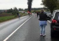 Baisa divu kravas automašīnu sadursme uz Liepāja šosejas – ir bojāgājušie (+VIDEO)