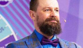 TV personība Armands Simsons atzīst, ka nespēj vairs samaksāt visus kredītus