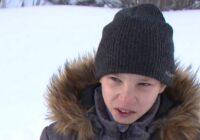 Skolnieks 2 kilometrus vilcis ievainoto draugu un izglāba viņa dzīvību