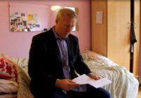 Tēvu nobiedē satraucoša dēla vēstule, tomēr beigas izrādās labākas nekā cerēts