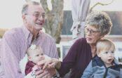 5 pazīmes, kas liecina, ka cilvēks nodzīvos ilgu mūžu. Zinātnieku pētījums