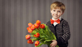 Vecmāmiņa principa pēc neatvēra durvis mazdēlam ar ziediem, ko viņš viņai atnesa dzimšanas dienā