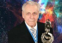 """""""Mēs varētu dzīvot 280 gadus"""". Ko apgalvoja ārsts Ivans Ņeumivakins par ilgdzīvošanas noslēpumiem"""
