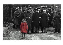 """""""Šindlera saraksts"""" meitenītei sarkanajā mētelī bija tikai 3 gadiņi, kad viņi filmējās filmā – lūk kas ar viņu noticis tagad teju 30 gadus vēlāk"""